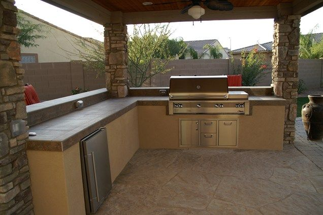 Best 25 small outdoor kitchens ideas on pinterest - Coleman small spaces bbq decoration ...