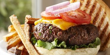 CHEFS Recipe:  Cowboy Burgers  Burgers that pack a whallop with jalapeno peppers!Cowboy Burgers, Jalapeno Peppers, Chefs Recipe, Yummy Food, Beef, Yum Yum, Burgers Burgers, Chef Recipes, Breads Hamburgers