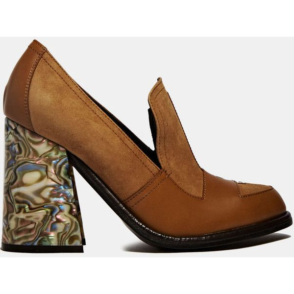 JW Anderson J.W. Anderson Shell Heeled Loafers (27.635 RUB) ❤ liked on Polyvore featuring shoes, loafers, heels, high heels, zapatos, brown, heeled loafers, high heeled footwear, brown shoes and loafers moccasins
