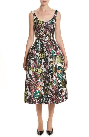 Free shipping and returns on Oscar de la Renta Jungle Jacquard Dress at Nordstrom.com. Inspired by Henri Rousseau's tropical paintings, this Italian-jacquard dress heads into the jungle with a colorful motif of scurrying monkeys and lush foliage. A skinny coordinating belt at the fitted, natural waist adds flattering definition to balance the voluminous below-the-knee skirt.