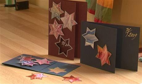 Posíláte obyčejná vánoční přání? Vyrobte si svoje vlastní metodou zvanou enkaustika. Díky ní vytvoříte působivá díla, která zkrášlí nejen Vánoce.
