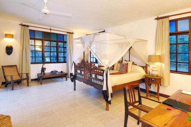 Auf einer Halbinsel ganz im Norden der Gewürzinsel Sansibar liegt das exklusive Ras Nungwi Beach Resort, das sich harmonisch in die traumhafte Umgebung einfügt.