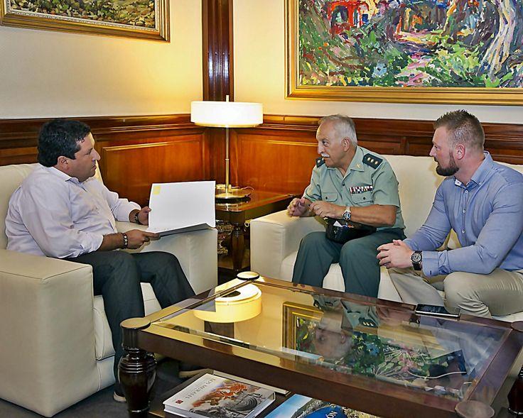 La Diputación y la Guardia Civil crearán una Intervención Móvil de Armas y Explosivos en respuesta a los pueblos del interior