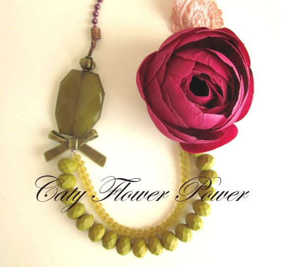 Flower Necklace Fuschia Flower Necklace Olive by catyflowerpower