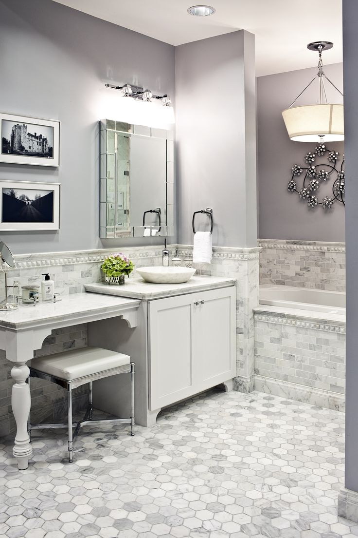 ... White Marble Tile Bathroom