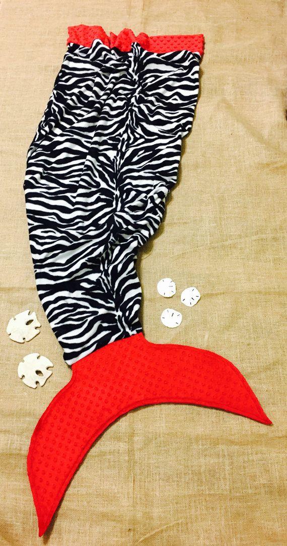 Cola de sirena manta polar Zebra rojo por MarkitwithaBboutique