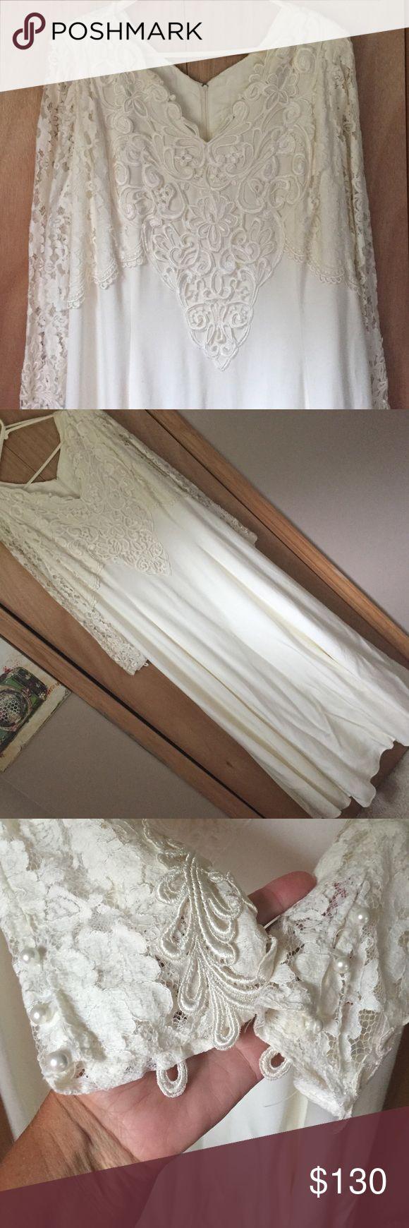 💍 Jessica McClintock Wedding Dress 💍 Light cream. Beautiful design. Sleeves are unique. Worn once. Little white buttons on cuffs. Jessica McClintock Dresses Wedding