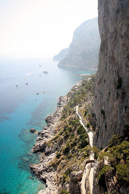 Île de Capri. La voie Krupp qui mène à la Marina Piccola.