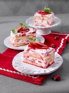 Erdbeertiramisu - mit Mascarpone, Löffelbiskuit und frischen Erdbeeren