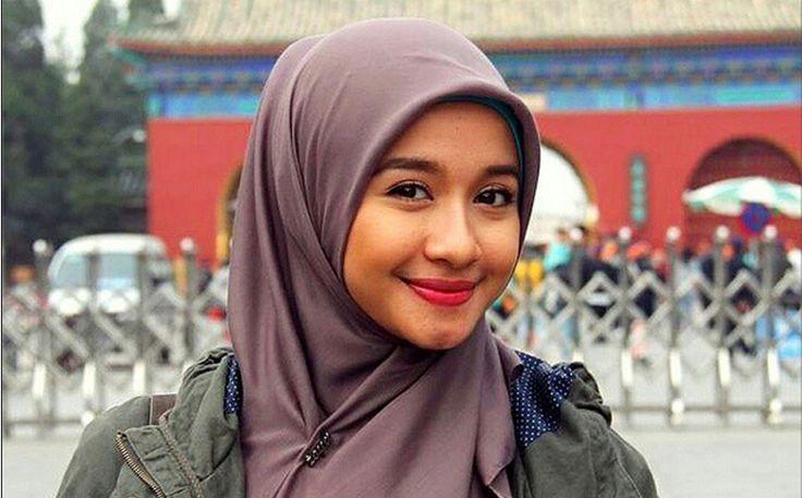 Laudya Chintya Bella Makin Cantik dengan Hijab Barunya