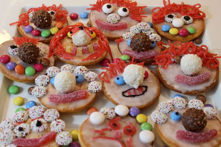 Lustige Clowns für Kindergeburtstag, Faschingsparty, Karneval, Fasching, Mottoparty, Party, Mitgebsel und vieles mehr! Als Thermomix- und Mixerrezept, Toll zum Backen mit Kindern