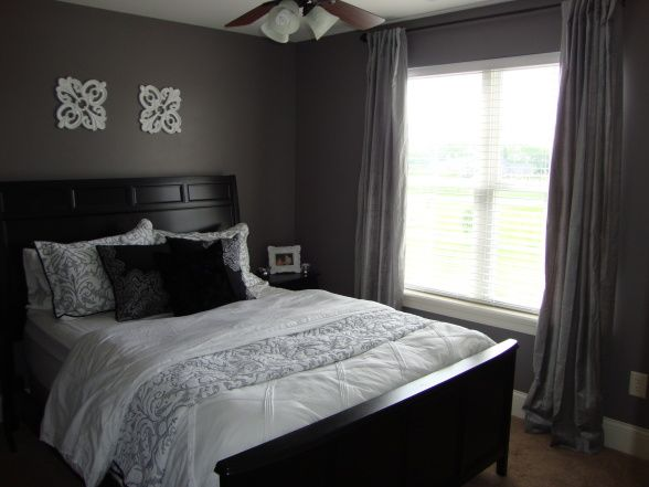 purple and grey bedroom   Purple Grey Guest Bedroom   Bedroom Designs   Decorating  Ideas. Best 25  Purple grey bedrooms ideas on Pinterest   Purple grey