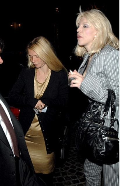 Gwyneth Paltrow and Courtny Love | Gwyneth Paltrow and Courtney Love leaving dinner at The Cut in 2007 ...