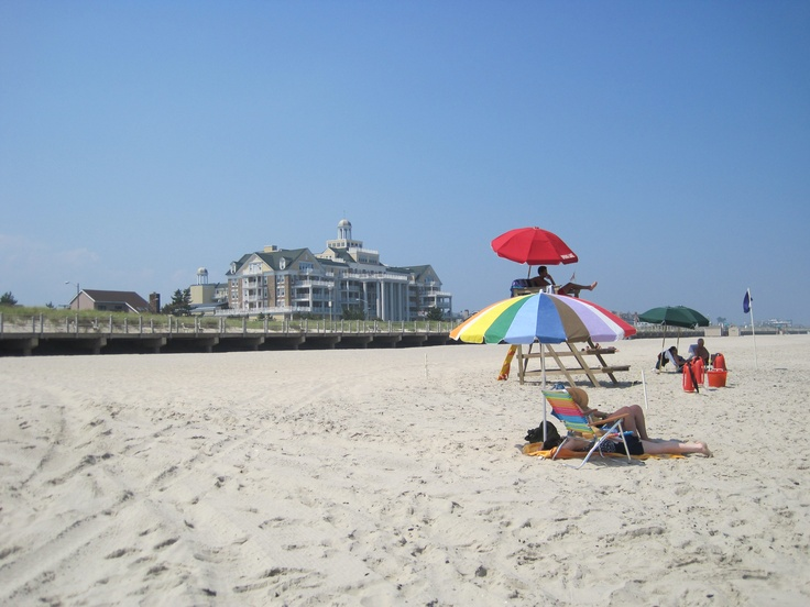 at the NJ shore now- the sky needs to clear up and stop raining so I can get back on the beach!!!