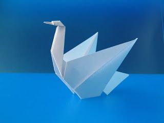 """Origami: """"Cigno - Swan"""", designed and folded by Francesco Guarnieri, December 2007. Link to diagrams."""