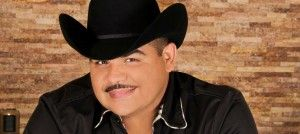 Las confesiones de Chuy Lizárraga ¡Contestó tus preguntas! - http://www.soygrupero.com.mx/2015/06/chuy-lizarraga-confesiones-entrevista-soy-grupero/