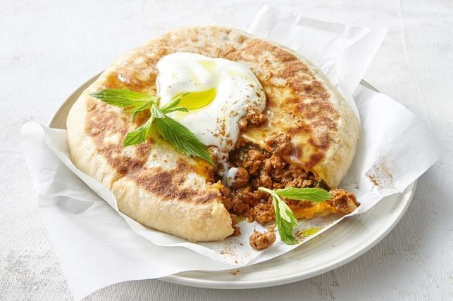 0:15 Prep | 0:40 Cook | 4 Servings | Capable cooks   Taste Magazine   Roll up for this deliciously rich and hearty lamb pies, perfect for...