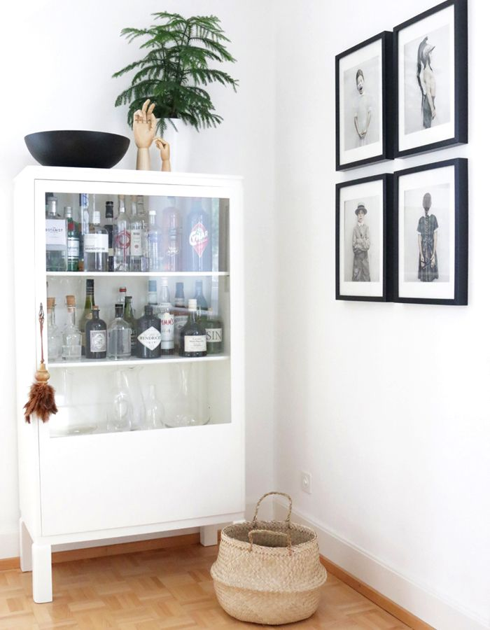 die 25 besten vitrinenschrank ideen auf pinterest geschirrschrank display schr nke. Black Bedroom Furniture Sets. Home Design Ideas