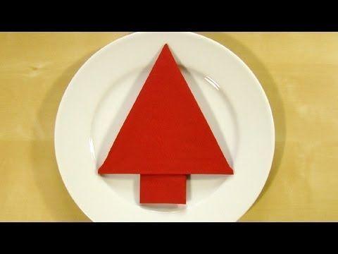 Servietten falten Weihnachten: Weihnachtsbaum - Tischdeko Weihnachten