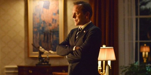 Why Designated Survivor Season 2 Is Still Likely Despite Issues Behind The Scenes #FansnStars