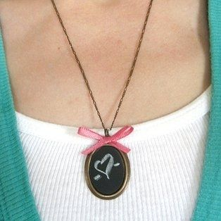 13. Necklace | 33 Things You Can Turn Into Chalkboards