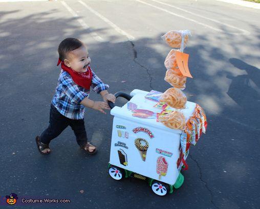 El Paletero Ice Cream Man - 2017 Halloween Costume Contest