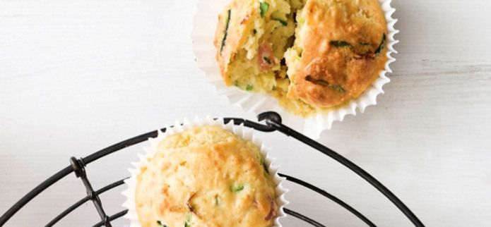 BACON,CHEESE AND ZUCCHINI MUFFINS