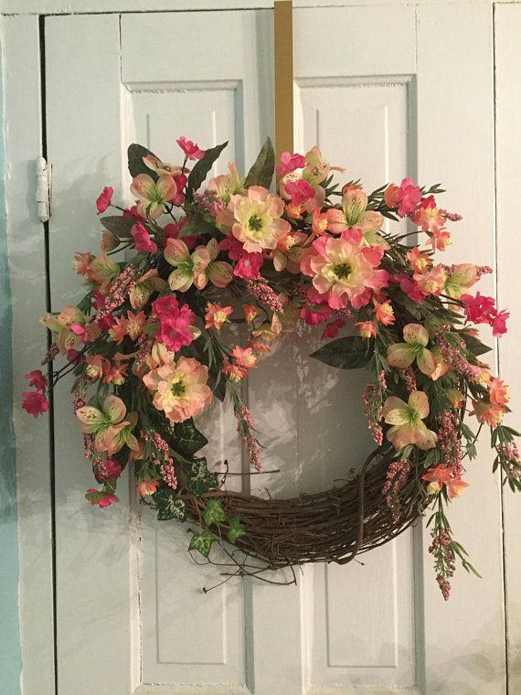 BLOOMING BEAUTY Wreath