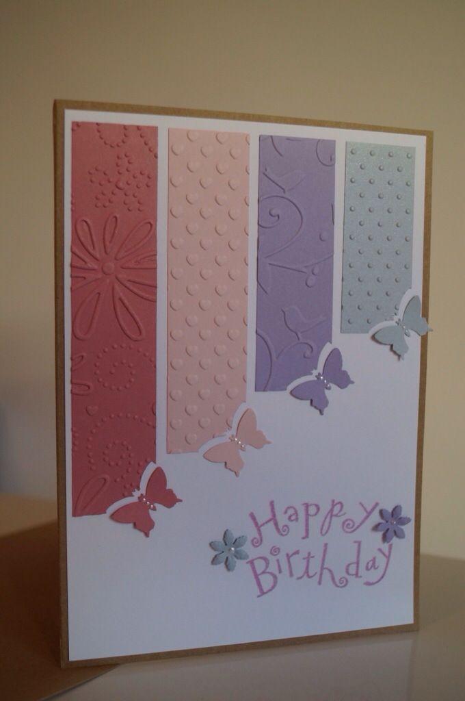 Idée de carte facile à faire à la main : du joli papier, quelques coups de cutter et une perforatrice. Ça tient parfois à peu de choses et ça donne une jolie carte !