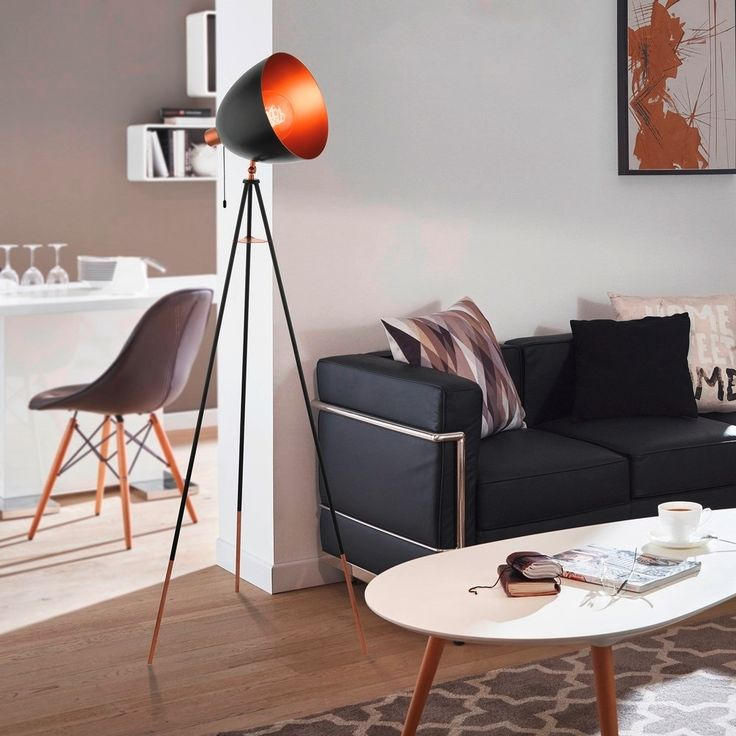 Eglo Chester staande vintage vloerlamp Vintage vloerlampen zijn tegenwoordig…