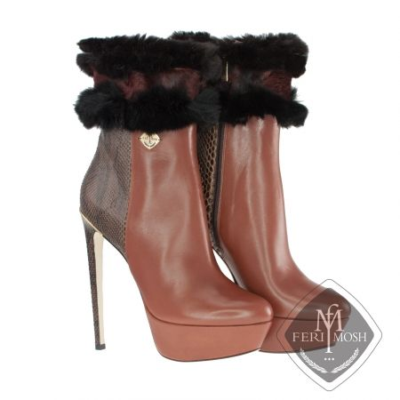 FERI MOSH - Giuliana - Boots   Price                                  $2,936 Canadian Dollars Product #                           FMLS-5315 Product Category              FERI MOSH Opulence Wear - Brown genuine python and nappa leather platform ankle boots  - Made with a combination of nappa leather and python exterior with nappa leather lining - Genuine mink fur trim in 2 colours - Real leather sole
