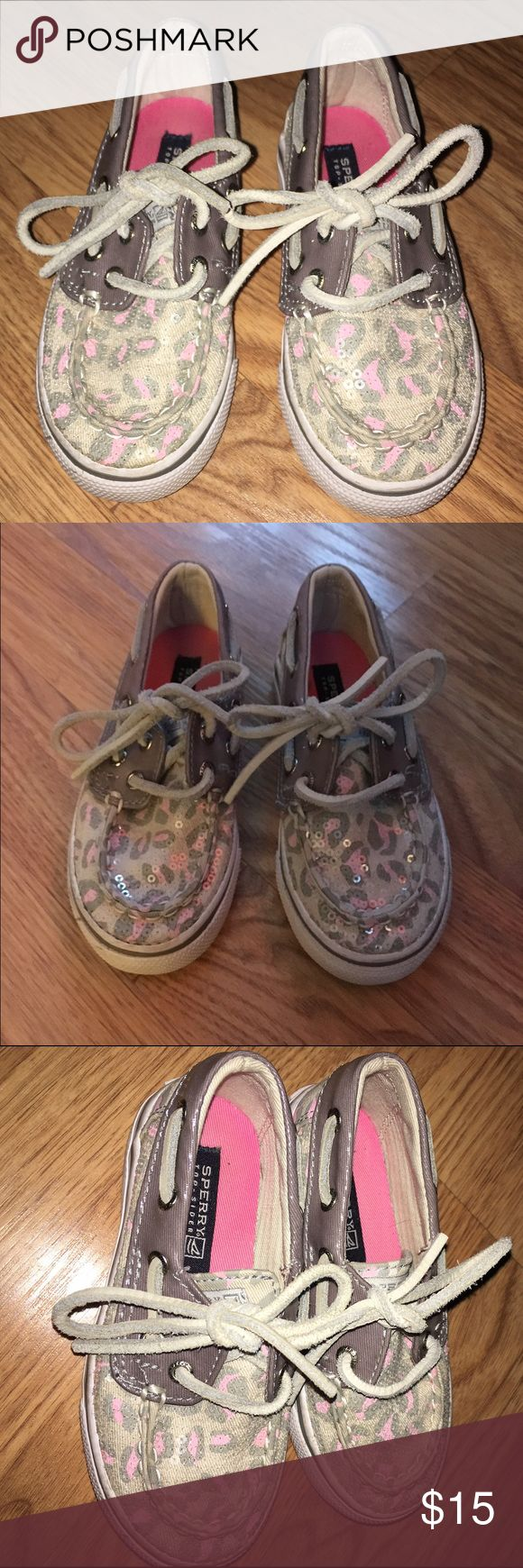 Sperry Top-Sider size 7.5 Toddler Girls Sperry Top-Sider sneakers with laces. Sperry Top-Sider Shoes Sneakers