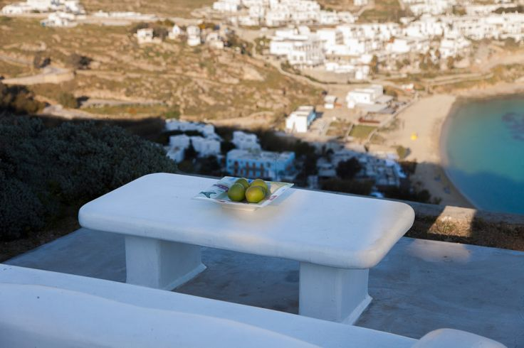 Amazing View Villa located at Mykonos  It is a Cycladic house on top of the area of St. Lazarus with exquisite view of the ocean and overlooking the beach of Platis Gialos and the famous beach of Psarou . The house consists of three levels middle there is the living room , the kitchen one bedroom with a small bathroom . It is just 3 km from the entrance to the city center and 2km from the beach of Psarou and Platis Gialos…