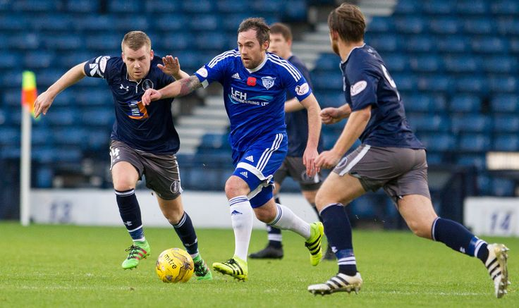 Peterhead's Jamie Stevenson in action during the Ladbrokes League One game between Queen's Park and Peterhead