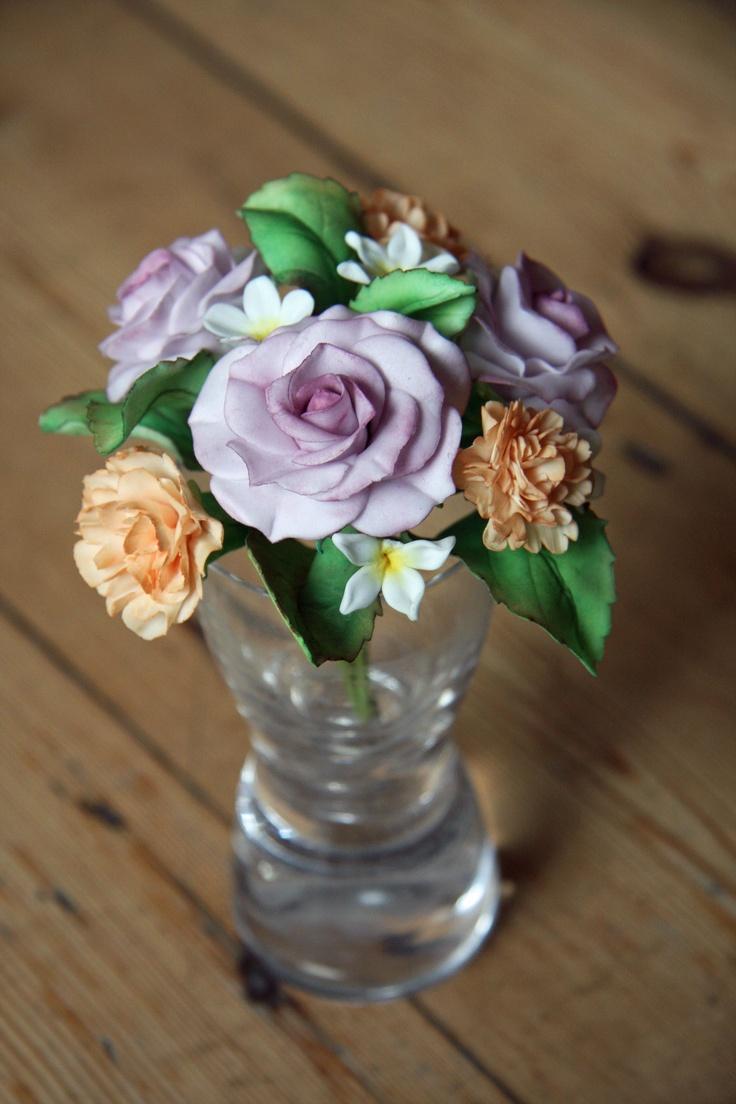 96 best stunning sugarpaste flowers images on pinterest gum paste gum paste rose carnation and filler flower posy izmirmasajfo