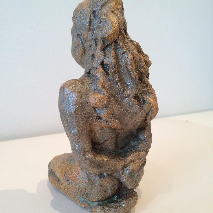 Sitting girl Copyright by www.anne-mette.com  #copyright #sculpture #pin #pinterest #skulptur #kunstner #gave #danish #madeindenmark #www.anne-mette.com