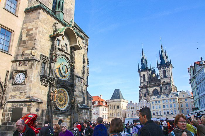 Today I'm excited to share 8 tips for what to see and do in one of my favorite European cities, PRAGUE. 1 | Go on the Taste of Prague Tour. Seriously, the best tour I've ever been on, ever. The tou...