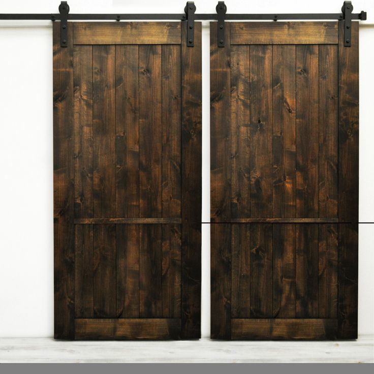 The Country Vintage Barn Door features a lightly distressed finish on a classic barn door design.  This style is versatile, and fits well in almost any setting.<li>Sliding hardware system **NOT** included with this item</li>