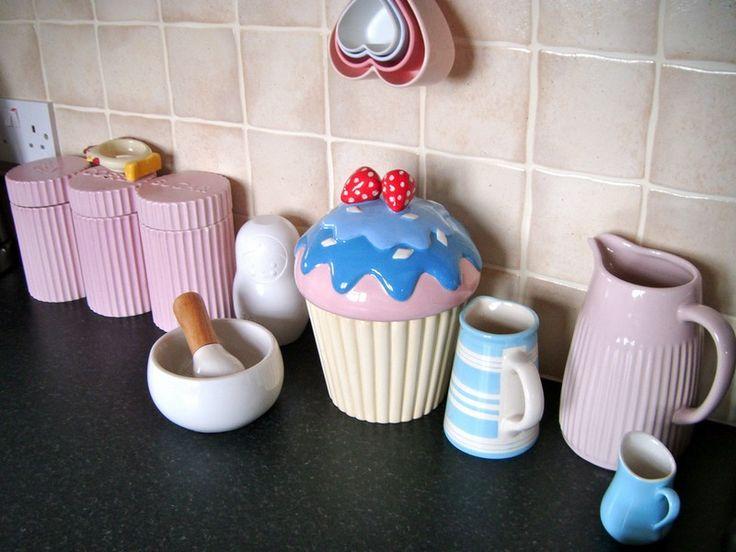 Cupcake Kitchen Theme Decor