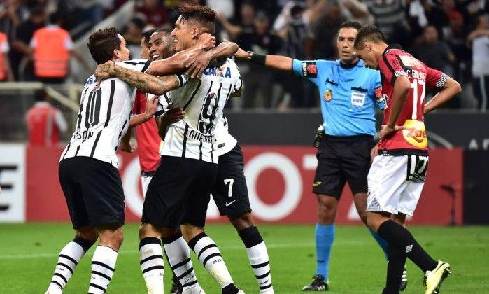 Canadauence TV: Corinthians é 100%, coloca 4 a 0 no Danubio-URU