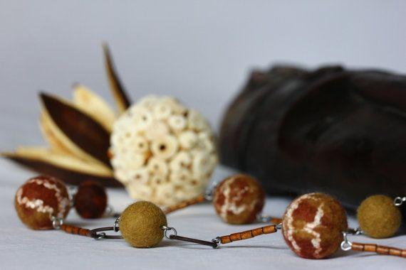"""Felt jewelry """"Colors of autumn""""-Handmade-56 см"""