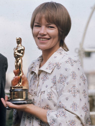 Glenda Jackson won the Academy Award for Women in Love in 1971 Women in Love.