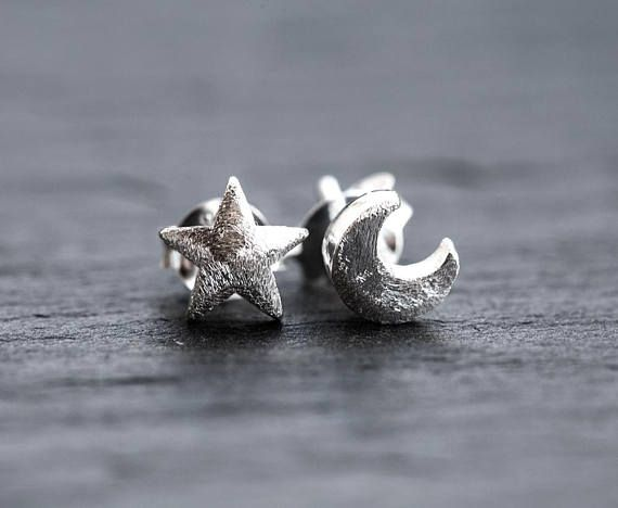 2972 Crescent moon and star stud earrings 6mm Sterling silver