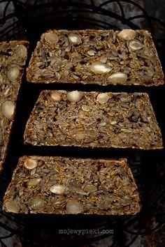 Chleb, który odmienia życie - recipe in English on mynewroots.org 'life changing loaf of bread'