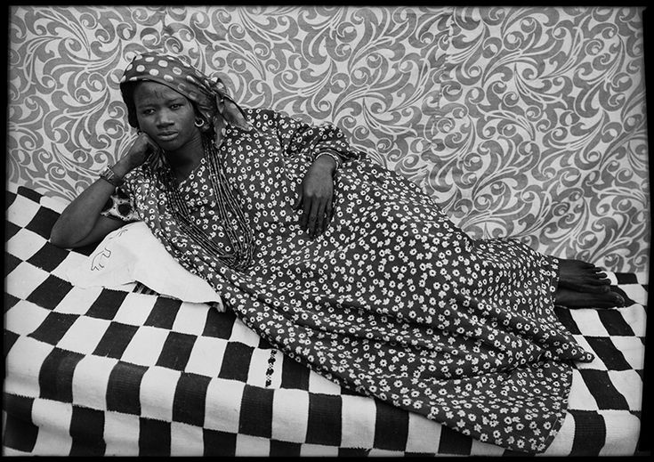 <p>Seydou+Keïta+is+now+considered+one+of+the+greatest+photographers+of+the+2nd+half+of+the+20th+Century.+Showing+off+his+subjects+to+best+advantage,+his+mastery+of+framing+and+light+and+the+modernity+and+inventiveness+of+his+compositions,+earned+him+a+huge+success.+He+retired+in+1977+after+having+…</p>