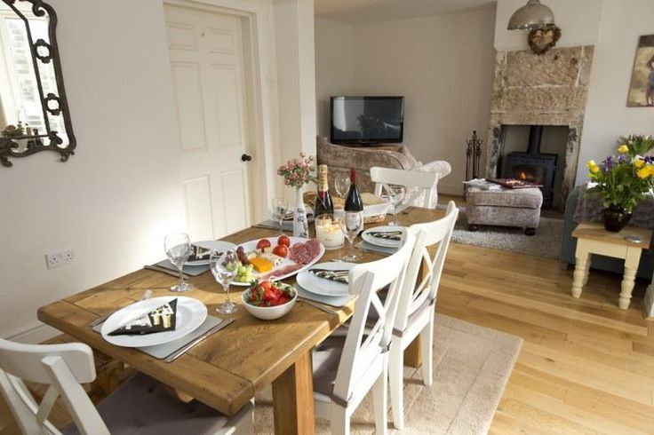 Welcome to the gorgeous Apple Farm Cottage on the Yorkshire Coast!