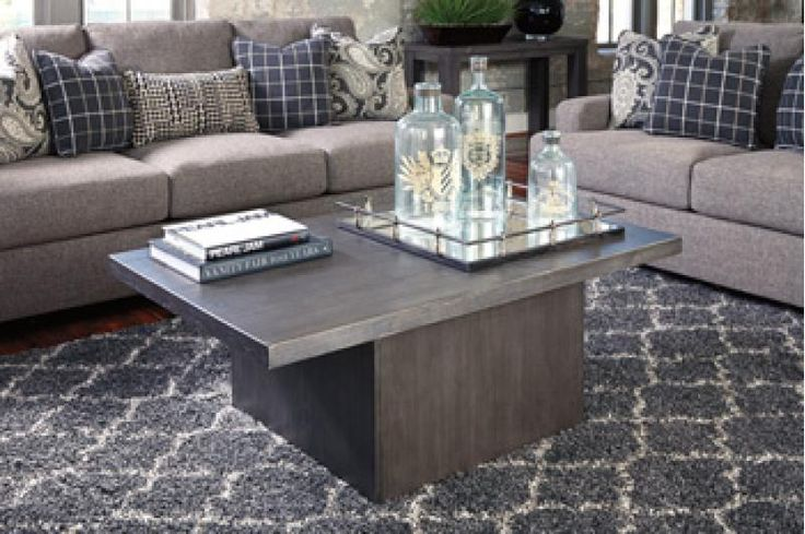 T8501 in by Ashley Furniture in Winnipeg, MB - Rectangular Cocktail Table
