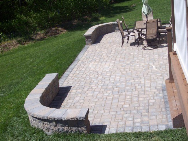 Party Patio Cambridge Paver With Bookend Curved Sitting Walls And Perimeter Border Home Ideas Backyard Deck
