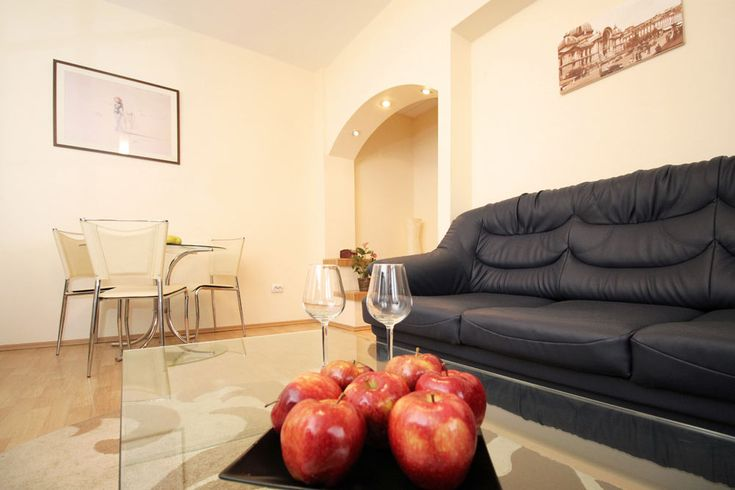Lovely vacation rental in Old Town Bucharest - Leonidas #Bucharest #CentruVechi