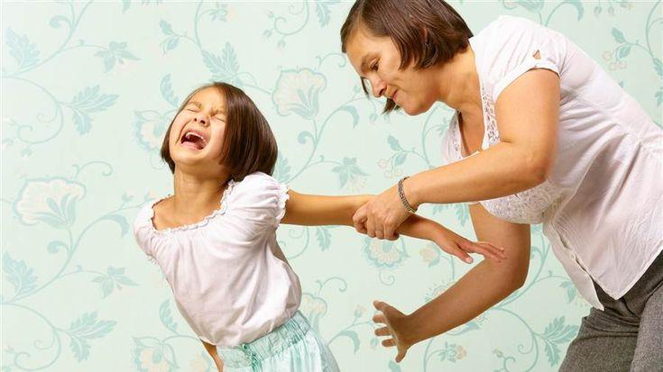 4 Sekretet e Mamave që Rrisin Fëmijë të Sjellshëm…